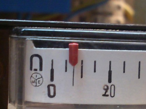 Thermometer%20diferential%20mode%20scale%20closup_0%2C07C_DSC_0748-large.jpg?m=1322081706